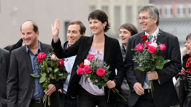 Les socialistes Grégoire Junod, Florence Germond et Oscar Tosato. [Jean-Christophe Bott - Keystone]