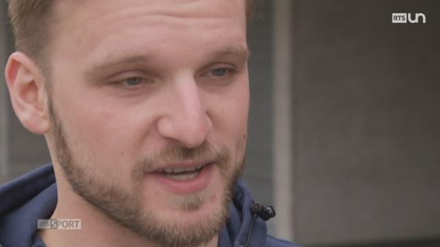 Hockey: le gardien Robert Mayer est une des raisons du succès de Genève [RTS]