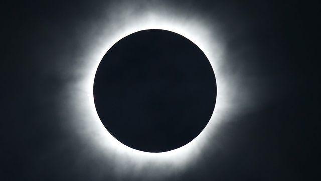 La Lune s'est alignée sur le Soleil pendant un peu moins de trois minutes [Beawiharta Beawiharta  - Keystone]