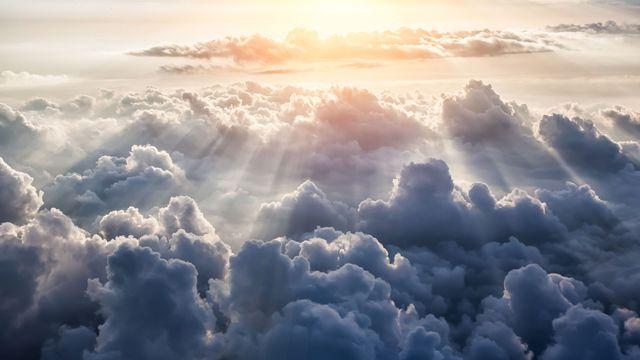 Un chercheur français tente de recueillir l'énergie solaire au-dessus des nuages. merydolla Fotolia [merydolla - Fotolia]