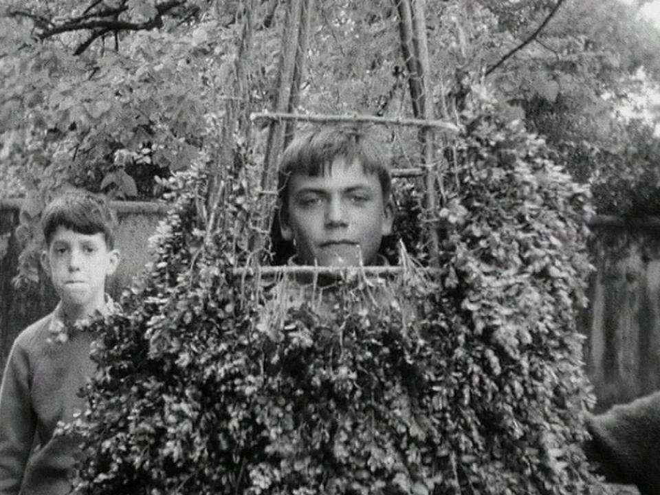 Célébration du Feuillu en 1964. [RTS]