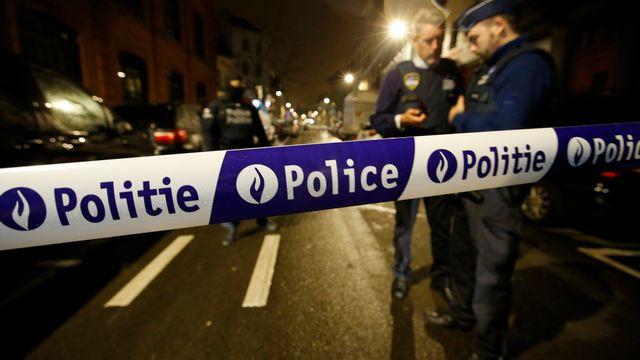 La police belge a procédé à plusieurs perquisitions dans les communes bruxelloises de Jette et de Schaerbeek notamment. Six personnes ont été interpellées. [Alastair Grant - Keystone]