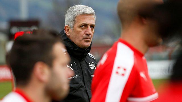 L'équipe suisse de football et son entraîneur Vladimir Petkovic affrontent mardi la Bosnie-Herzégovine en match amical. [Patrick B. Kraemer - Keystone]