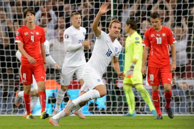 Harry Kane (ici face à la Suisse en qualifications) représente l'avenir de la sélection anglaise. [Keystone]