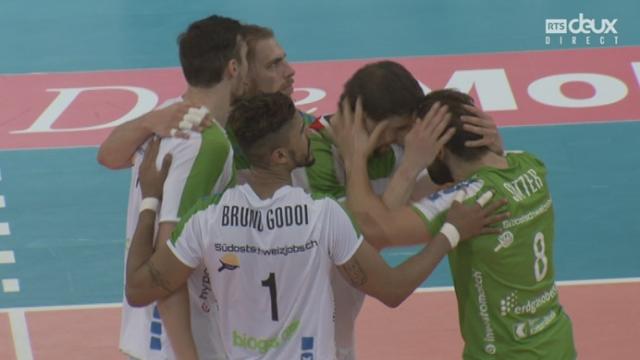 Finale messieurs, Volley Näfels – Lausanne UC (18-25-25-23-25-21): Näfels remporte le 3e set et prend l'avantage [RTS]