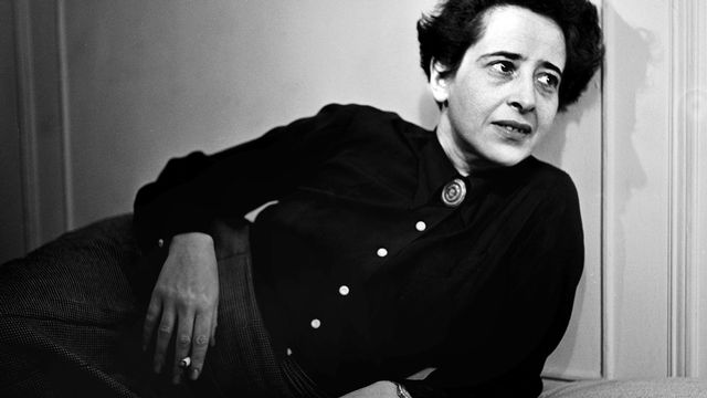 Hanna Arendt en 1944. [Fred Stein - Picture alliance / Picture-Alliance/AFP]