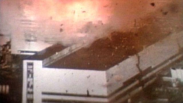 Dans la nuit du 26 avril 1986, le réacteur 4 de la centrale nucléaire de Tchernobyl explose. [RTS]