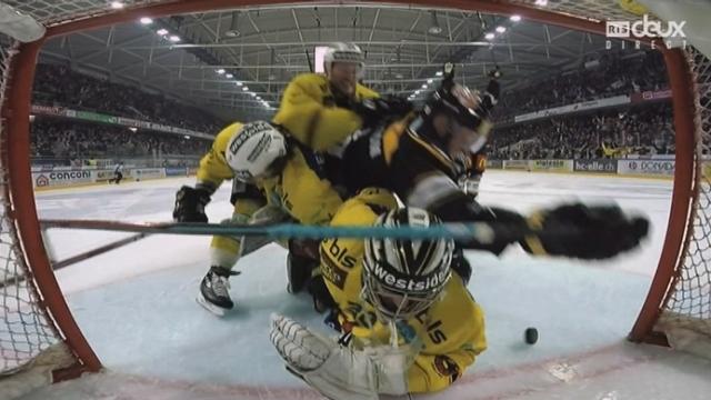 Finale, acte III, HC Lugano – CP Bern (1-1): Martensson pousse le puck au fond de la cage et égalise pour Lugano [RTS]