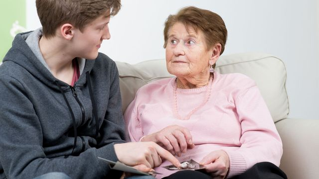 Les personnes souffrant d'Alzheimer ne reconnaissent plus leurs proches. Picture-Factory Fotolia [Picture-Factory - Fotolia]