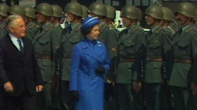 Visite de la reine Elizabeth II d'Angleterre en Suisse en 1980. [RTS]