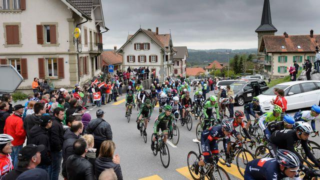 Les coureurs vont rencontrer près de 700 obstacles tout au long du Tour. [Jean-Christophe Bott - Keystone]