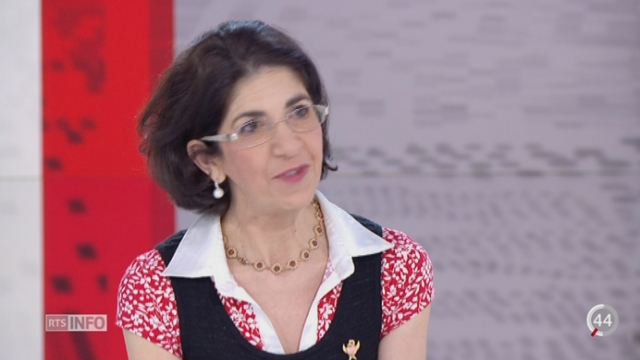 Collisionneur du CERN: rencontre avec Fabiola Gianotti, Directrice générale du CERN [RTS]