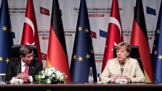 L'exemption de visas était une condition d'Ankara pour continuer d'appliquer son accord migratoire avec l'UE. [Lefteris Pitarakis - AP Photo]