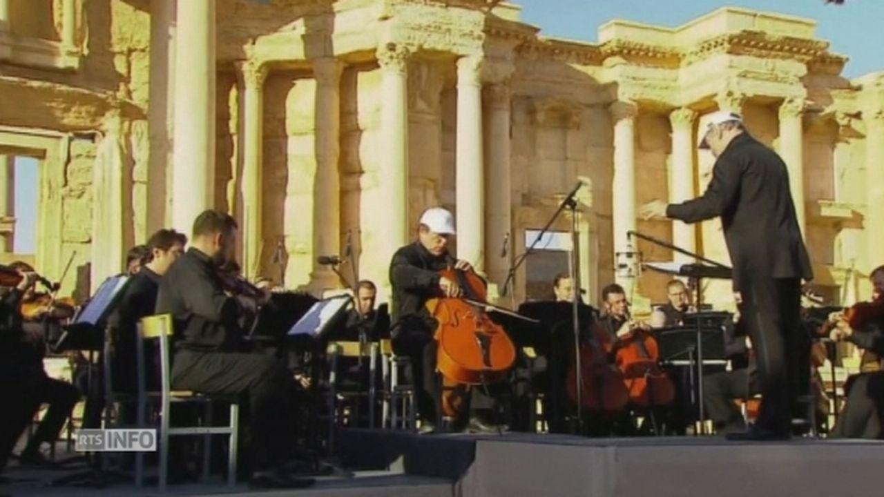 Un orchestre symphonique russe joue à Palmyre [RTS]