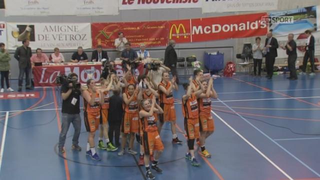 Finale dames, match3: Eflic Fribourg – Hélios (62-42): Hélios Basket champion de Suisse pour la 5e année consécutive [RTS]