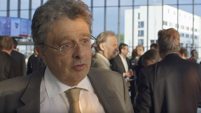 Matthias Finger, professeur de management des infrastructures à l'EPFL. [Youtube/Swissgrid/EPFL]