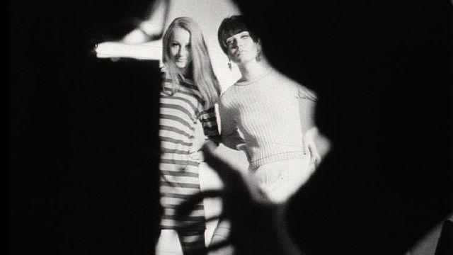 Séance de photo, 1968. [RTS]