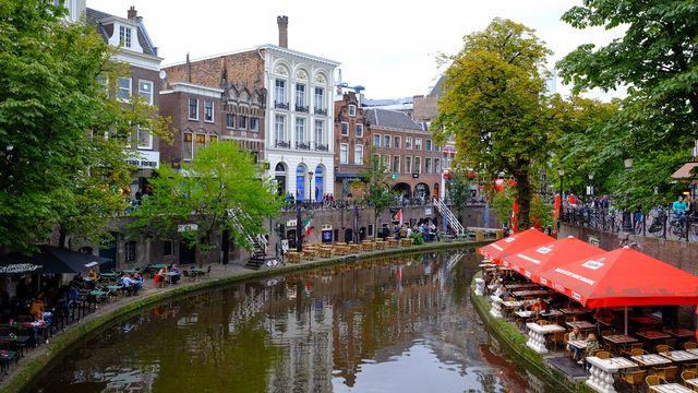 Utrecht veut lancer une expérience afin de déterminer l'impact d'un revenu de base inconditionnel sur le comportement des allocataires. [Carlo Morucchio - robertharding/AFP]