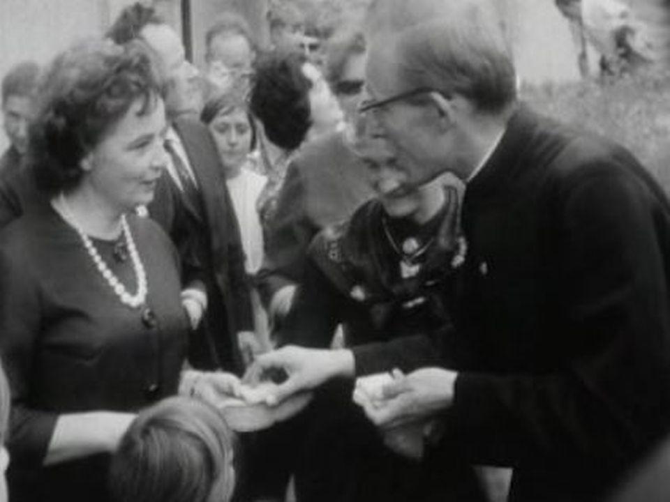 La tradition du Morce à Ayene en Valais en 1963. [RTS]