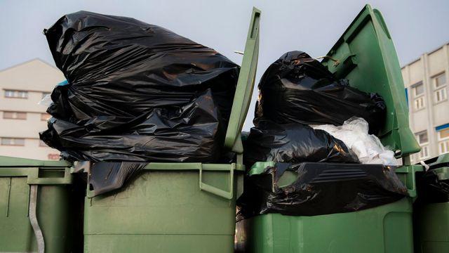 La Suisse épinglée sur la production de déchets par habitant. [Jean-Christophe Bott - Keystone]