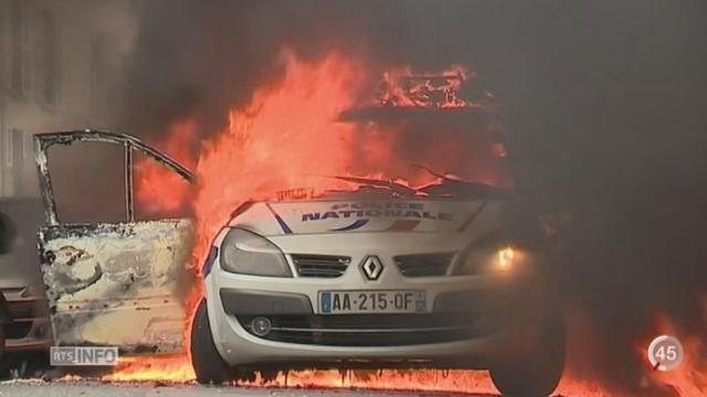 France - Grèves: les policiers dénoncent un climat de haine et de violence envers eux [RTS]