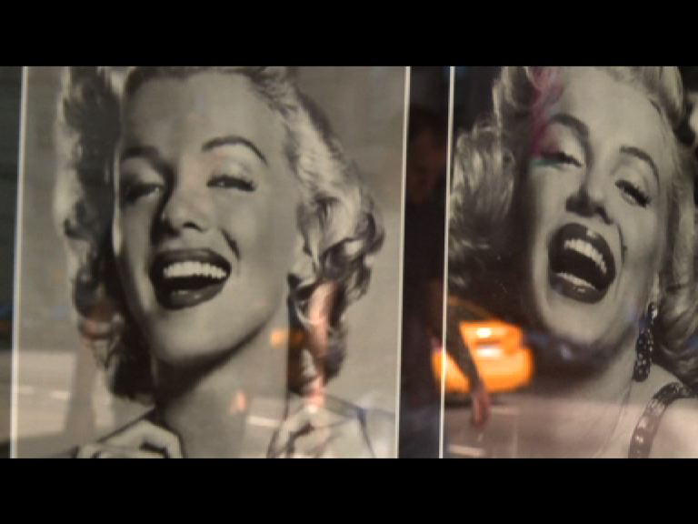 Photos de Marilyn Monroe dans rue de New York, 2003.
