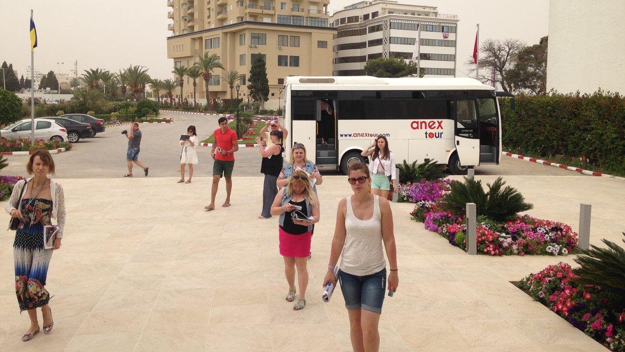 Des agents de voyages russes inspectent les hôtels pour leur clientèle. [Maurine Mercier - RTS]