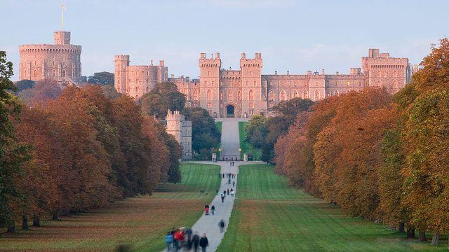 Le château de Windsor, une des résidences de la famille royale d'Angleterre. [Diliff - Wikimedia]
