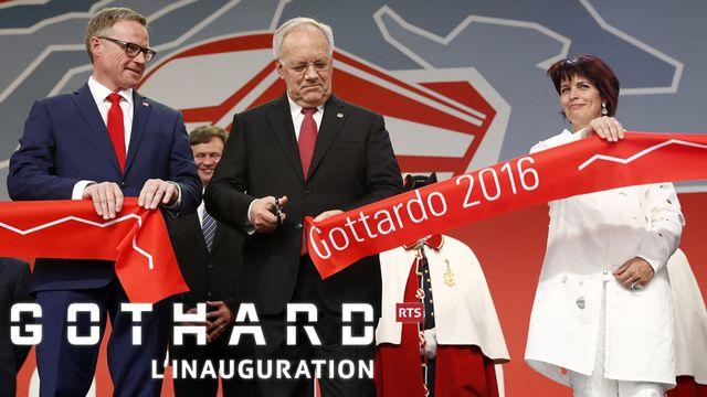 Andreas Meyer, Johann Schneider-Ammann et Doris Leuthard coupent le ruban. [EPA/Klaunzer - Keystone]