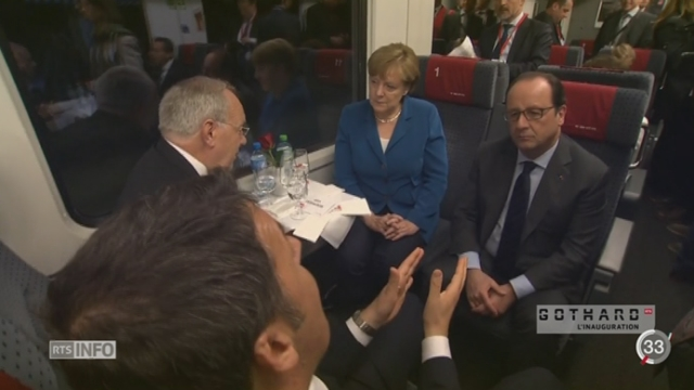 Inauguration du tunnel du Gothard: Merkel et Hollande félicitent la Suisse [RTS]