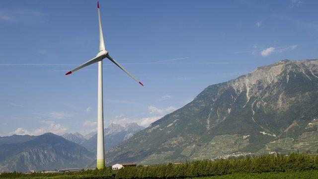 L'éolienne Adonis de Charrat, installée en 2012. [Jean-Christophe Bott]