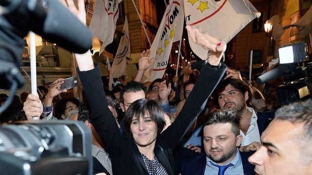La nouvelle maire de Turin, Chiara Appendino, membre du Mouvement 5 Etoiles. [Alessandro di Marco - Keystone]