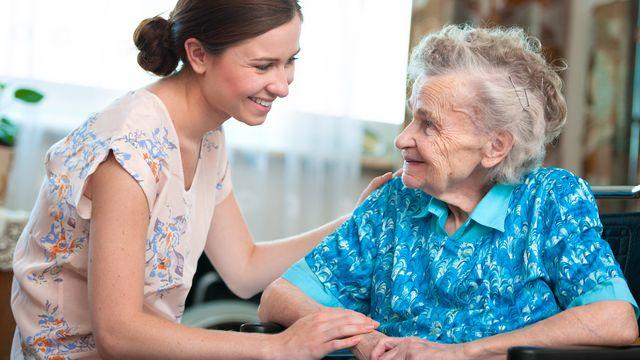 Le CHUV dispose d'une équipe mobile de soins palliatifs, qui se rend chez les patients en fin de vie pour les encadrer. [Alexander Raths - Fotolia]