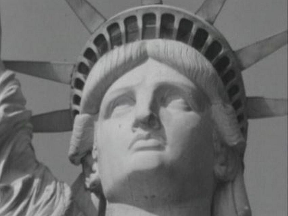 Elle est un des symboles de New York. Visite de la statue de la Liberté.