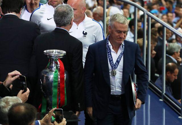 La déception, quelques minutes après la fin du match, se lit sur le visage de Didier Deschamps. [Srdjan Suki - Keystone]