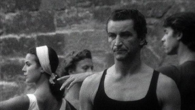 Béjart, invité de Vilar au Festival d'Avignon 1966. [RTS]