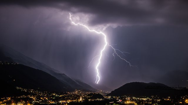 Des orages sont attendus en Suisse ces prochaines 48 heures. [Gabriele Putzu - Keystone]