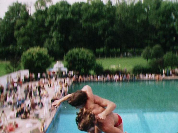 Plouf dans l'eau