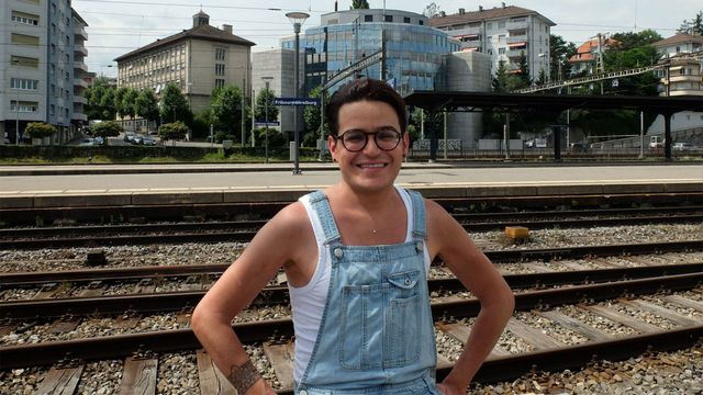 Nordine Izougarhen, musulman, gay et fier de l'être. [Alain Arnaud - RTS]
