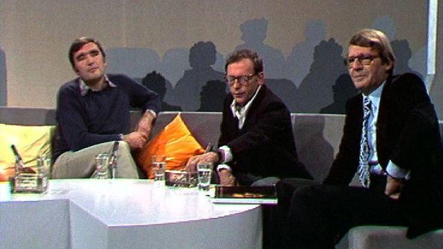 Christian Defaye (à droite), avec Jean-Louis Trintignant et Michel Soutter en 1977. [RTS]