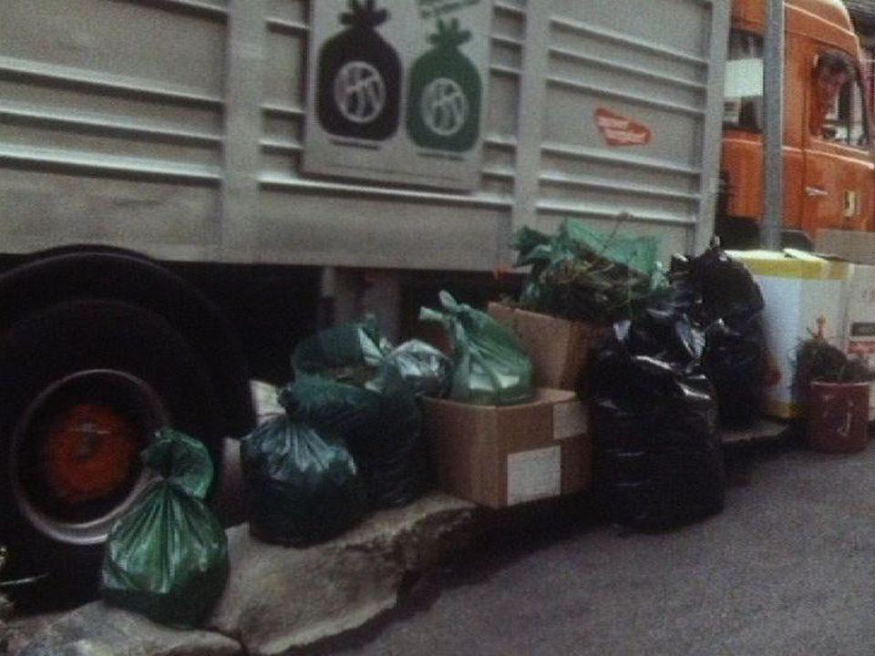 Qu'en est-il du tri des déchets dans notre société en 1987? [RTS]