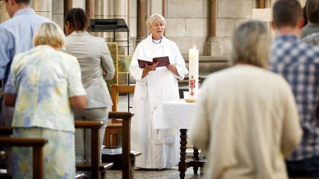 Révérende Gill Stratchan de l'église anglicane. [Patrick Bernard - AFP]