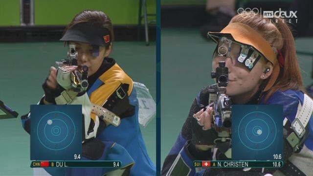 Tir, carabine à 50 m 3 positions, dames: Premiers tirs pour Nina Christen en finale [RTS]