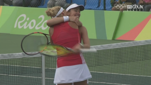 Tennis, 1-4 double dames: la paire Bacsinszky-Hingis en 1-2 [RTS]