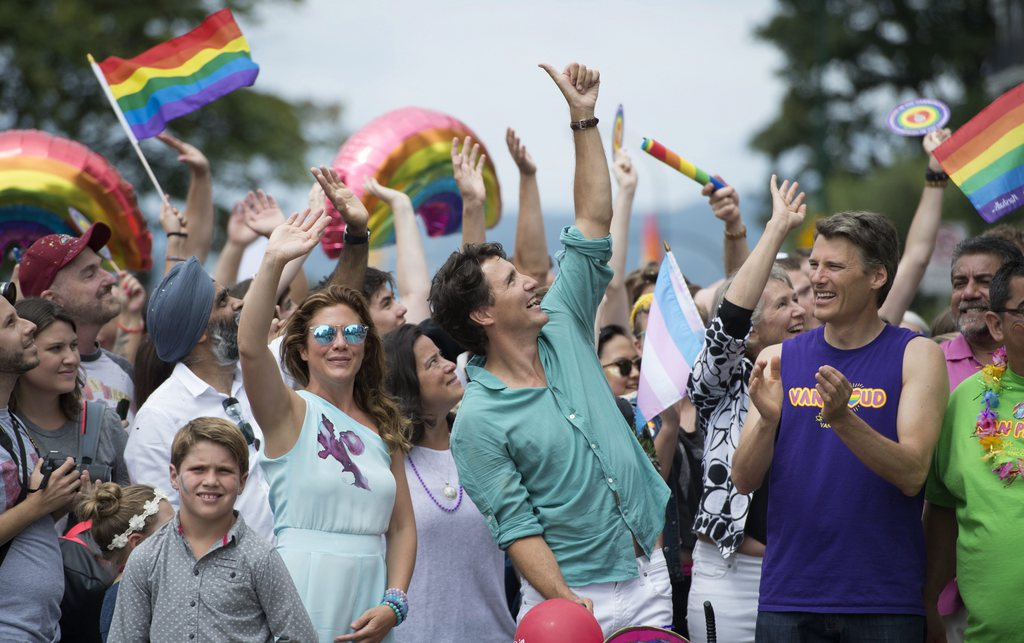 site de rencontre gay canadien à Palaiseau