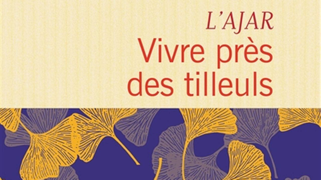 """La couverture de """"Vivre près des tilleuls"""" de L'AJAR. [Flammarion]"""