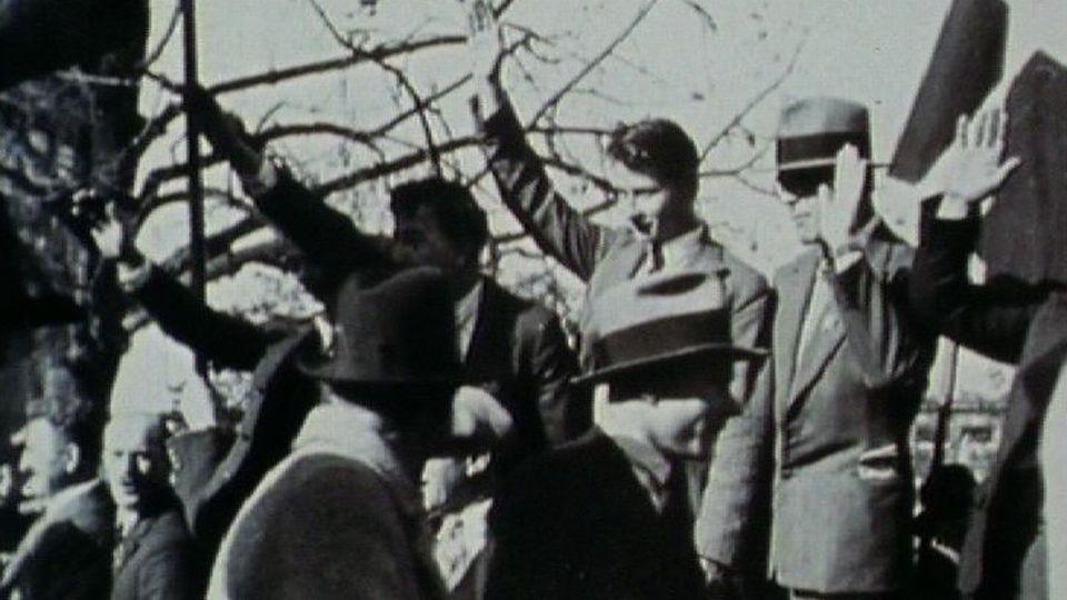 Groupe de frontistes suisses, années trente. [RTS]