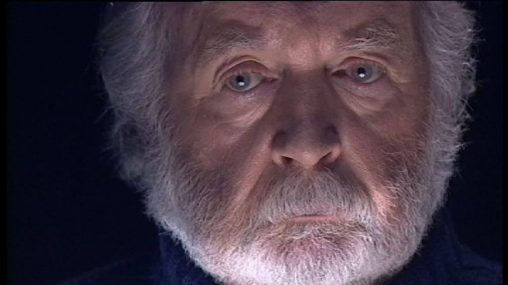 Evoquer le crime de Payerne relève pour l'écrivain Jacques Chessex du devoir de mémoire.