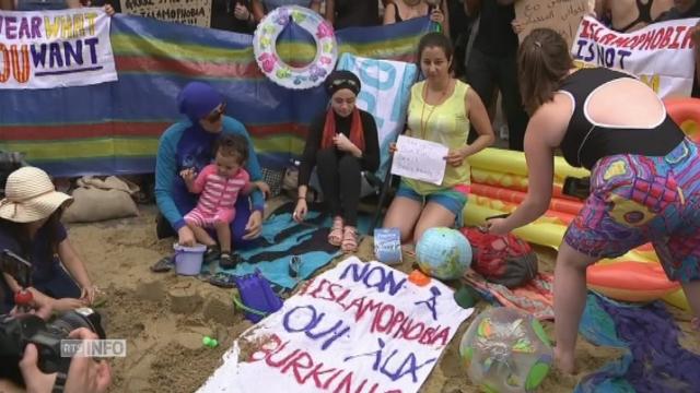 Manifestation féministe pro-Burkini à Londres et Berlin [RTS]