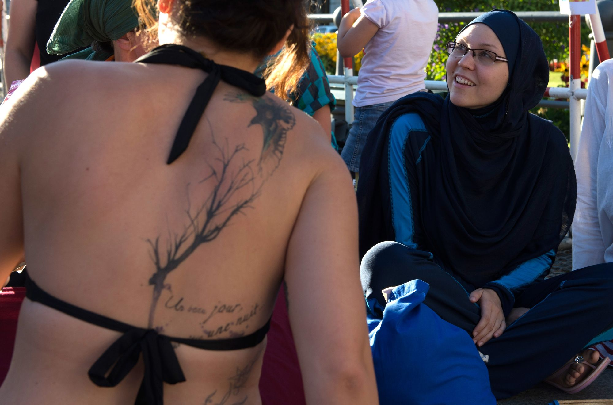 Manifestation contre l'interdiction du burkini, le 25 août 2016 à Paris.